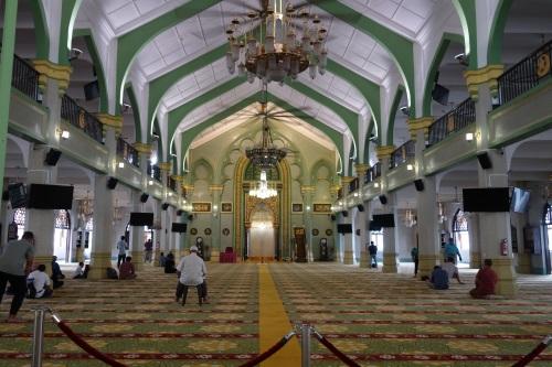 サルタン・モスクの中