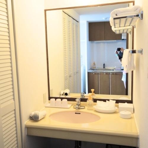 ホテルブリーズベイマリーナ「アネックスコンドミニアム館」の洗面所