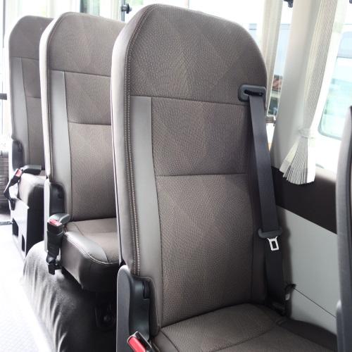 ホテルブリーズベイマリーナの送迎バスの座席