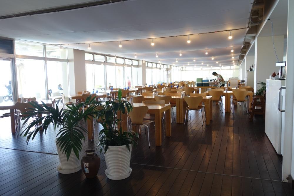 イーフビーチホテルのレストラン