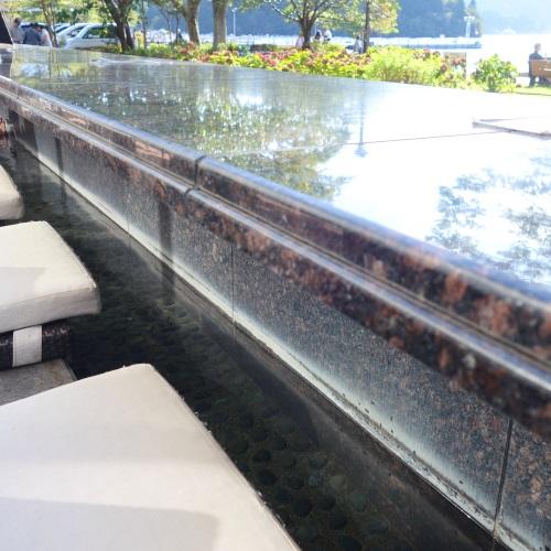 箱根ベーカリー&テーブルの足湯