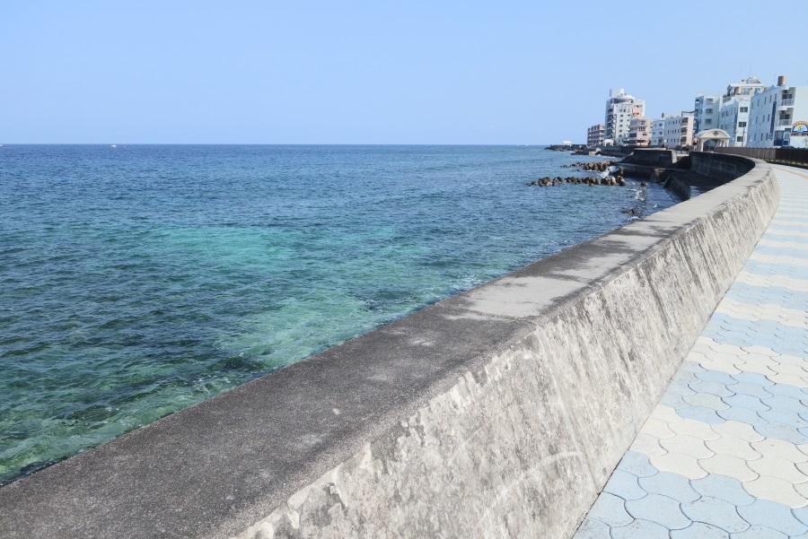 浜屋そば近くの海