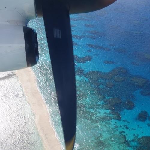 飛行機からの久米島
