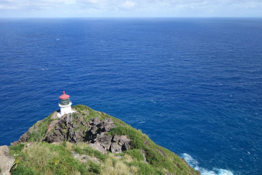マカプウ岬から見える灯台