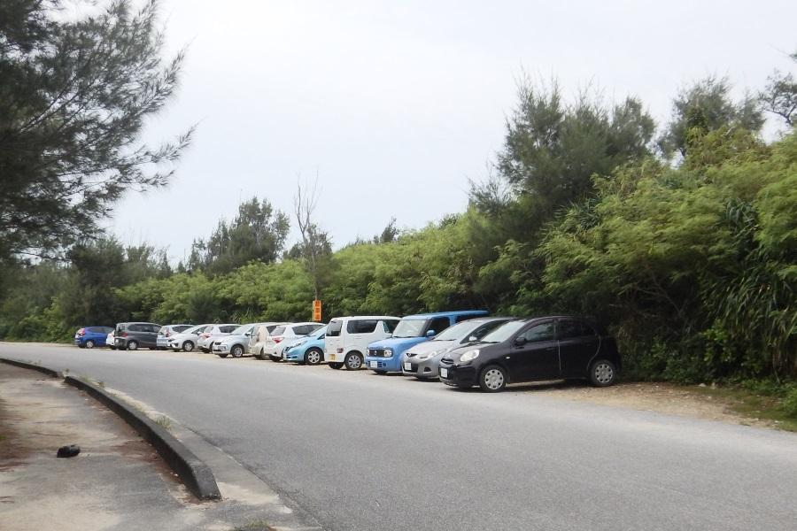 中の島ビーチの駐車場