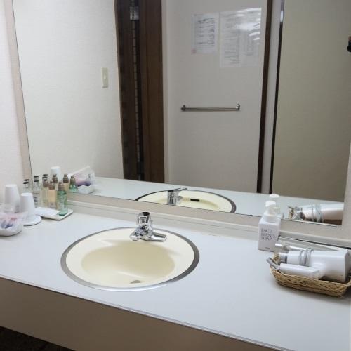 ホテルおくゆもとの和室の洗面所