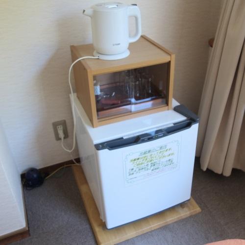 ホテルおくゆもとの和室の冷蔵庫