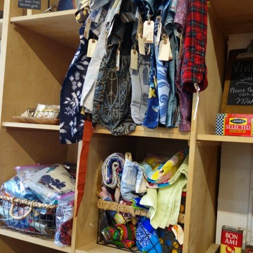 パイオニアサルーンで売られている洋服