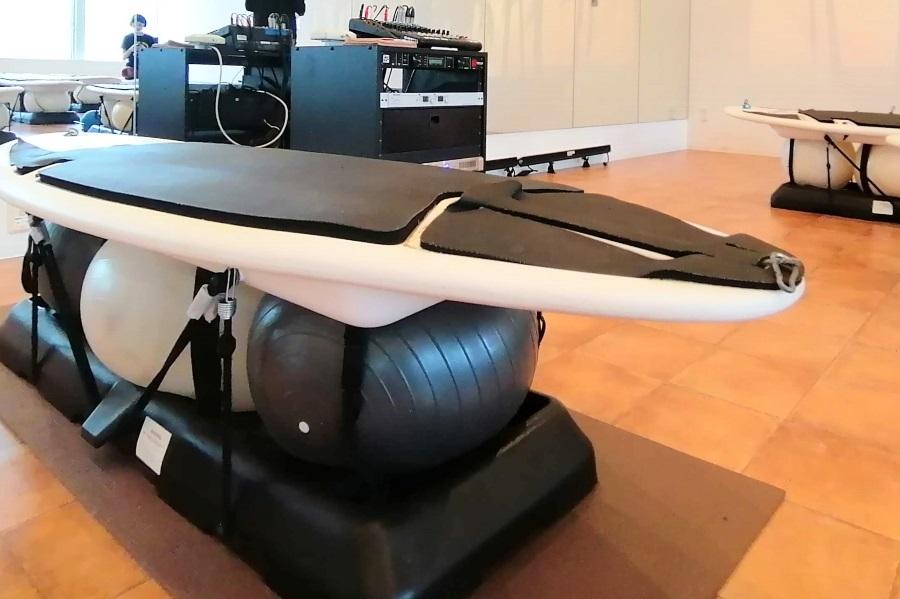 サーフフィットのサーフボードマシン「The RipSurfer X」